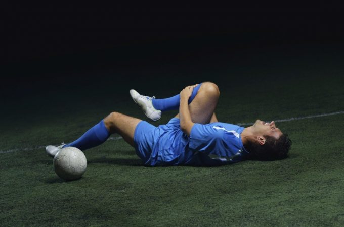 How to avoid injury in soccer