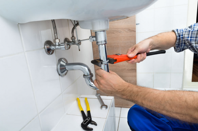 Reasons Why You Should Hire A Professional Plumber