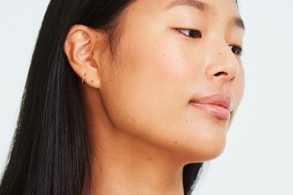 How to Benefit from the Power of Light for Your Skin Transformation